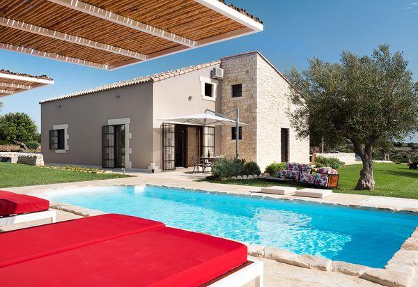 2155fa76bebe4 Villas de lujo con piscina en Sicilia - Casas exclusivas de ...